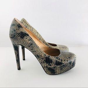 DIANE VON FURSTENBERG • Renee green snake heel